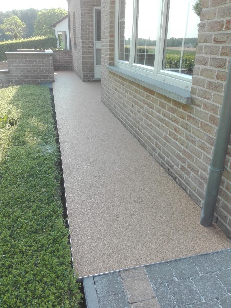 Met een terras van Epoxy-Design komt iedereen langs achter!